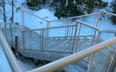Finished concrete stairs featuring Railcraft aluminium railings.
